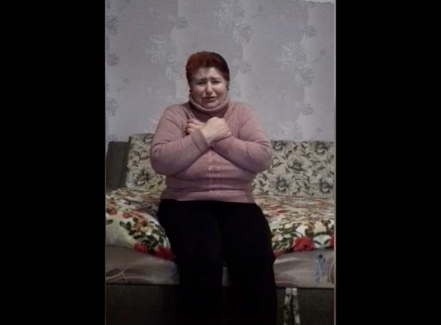 «Не жгите хату!» Женщина, заразившая коронавирусом несколько сел на Буковине, взмолилась о прощении. Видео