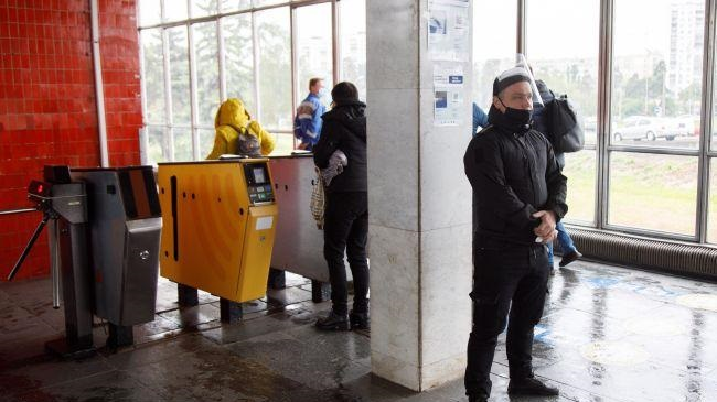 Метро в Киеве будут закрывать на вход: приготовьтесь к очереди