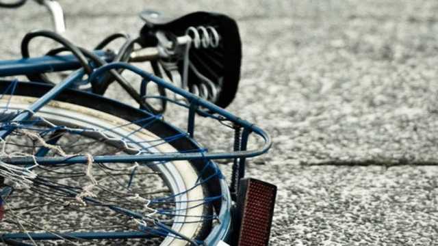 Избил велосипедиста и проехал по тротуару: в Киеве нашли агрессивного водителя