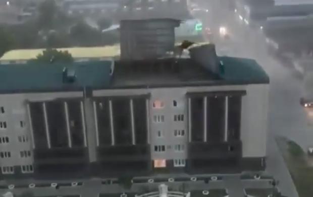 Руйнівний ураган обрушився на Росію (фото, відео)
