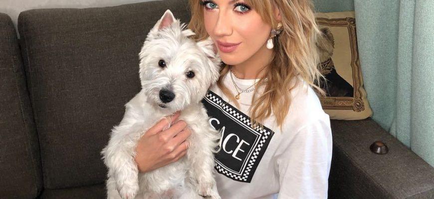 Леся Нікітюк розвеселила шанувальників знімками зі своєю собачкою