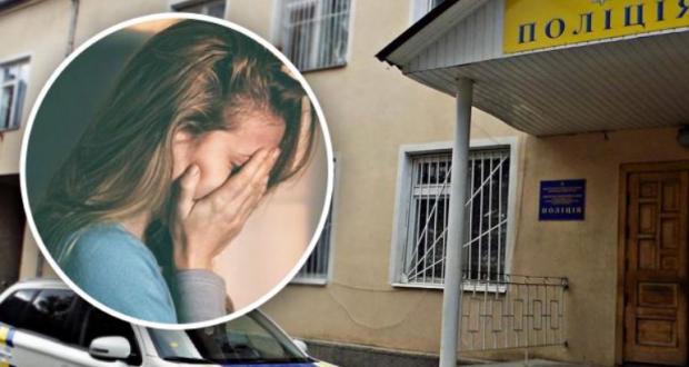 «Вдарила по обличчю, штовхнула в стіну і почала бити»: На Закарпатті патрульна познущалася над дівчиною у відділку (відео)