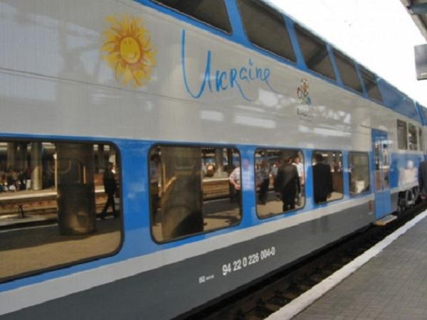 В Украине возобновят движение еще четырех поездов: названы направления