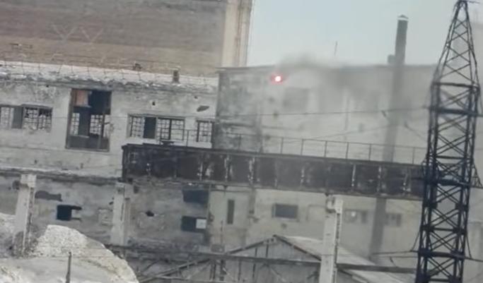 ВСУ точным ударом уничтожили российскую разведстанцию на Донбассе: видео