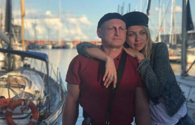 Оля Полякова поділилась рідкісним фото коханого чоловіка