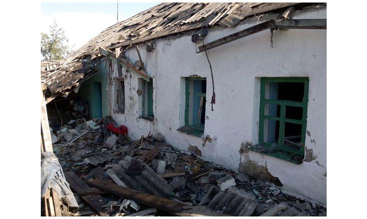 Оккупанты разрушили дома мирных жителей под Донецком. Фото