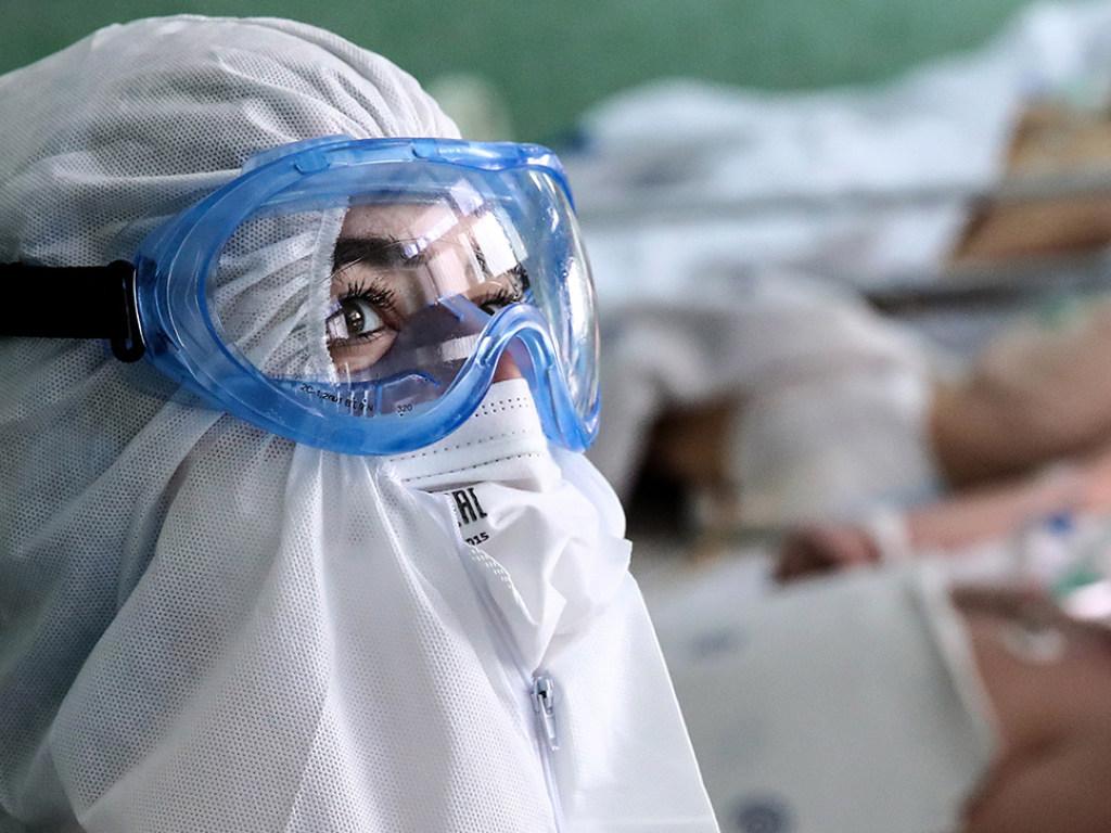 «Еще не один год»: медик дал неутешительный прогноз по коронавирусу в Украине