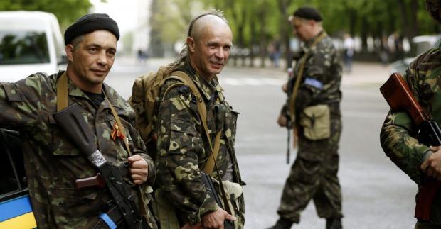 «Окупанти в істериці, солдат кидають до казарм»: Армію «ДНР» атакував коронавірус, хворіють всі