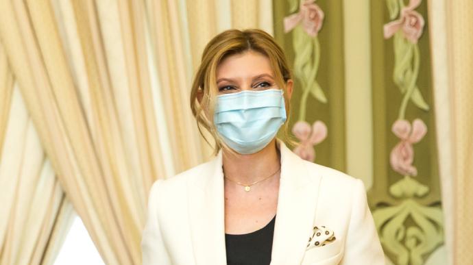 СМИ выяснили, где лечится Зеленская: врачам больницы приходится «ходить в памперсах»