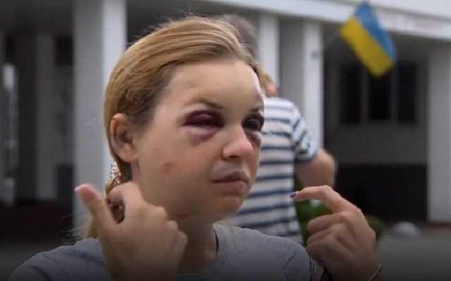 Муж журналистки Луговой, на которую напали в поезде: Сын все время говорит: «Мамочка, прости, что я тебя не спас»