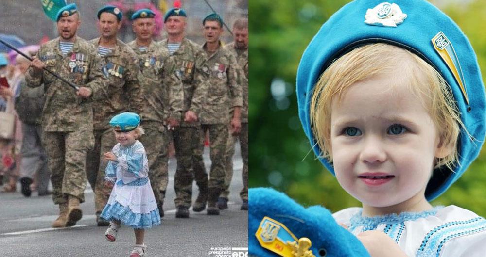 ЗІРОЧКА ПАРАДУ! Ганнуся Боровик, 2,5 рочки , донька кіборга 90 окремого аеромобільного батальйону