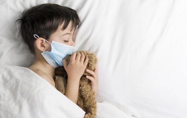 Все набагато серйозніше: Лікар назвав фатальну небезпеку для дітей, що перехворіли на коронавірус