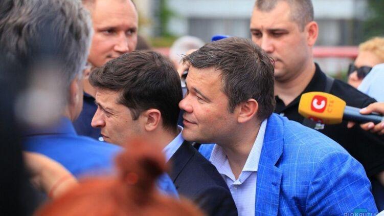 Богдан рассказал, что шептал Зеленскому на ухо на знаменитом фото