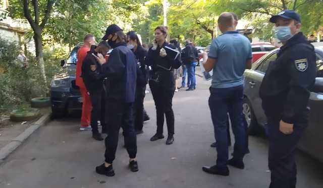 В Одессе убuлu девушку в аптеке: подозреваемый задержан (фото)