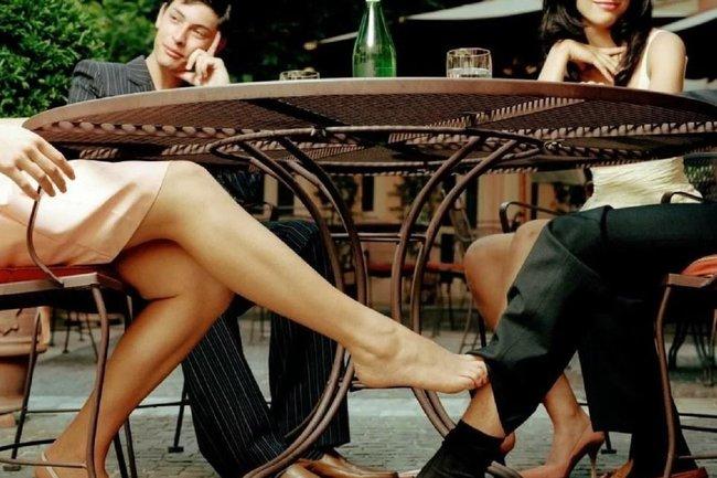 Чому жінки зраджують (навіть тим, кого люблять). Всього 3 причини!