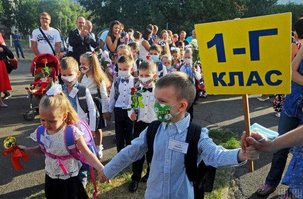 «Школы в Украине не стоит закрывать на карантин ни в коем случае»: Вірусолог розповіла, про що «забули» чиновники в Україні