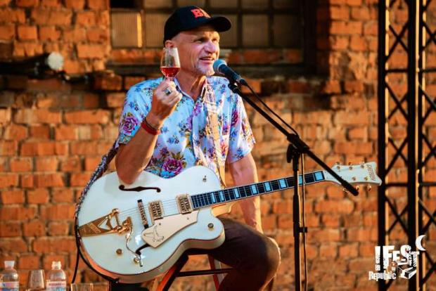 Музиканта Олега Скрипку судять за їзду в нетверезому стані