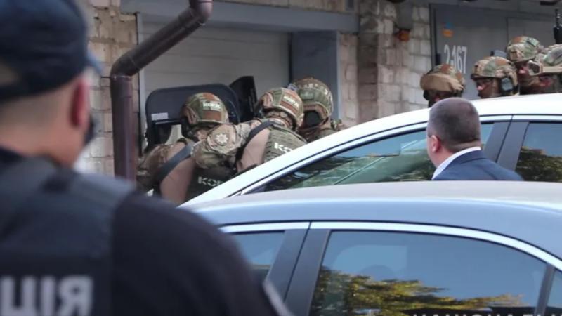Мужчина подорвал себя в центре Харькова. Видео и фото