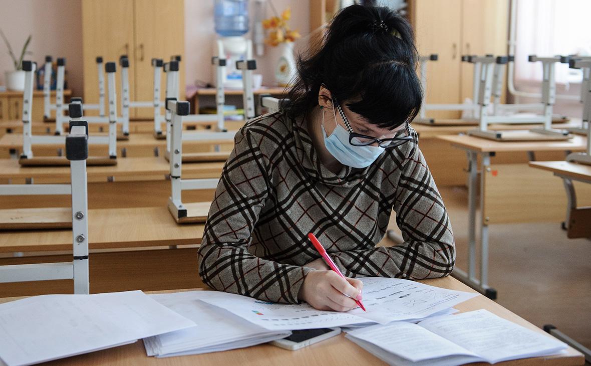 Школы в Украине закроются в конце сентября, а в ноябре будет, как в Италии, – инфекционист