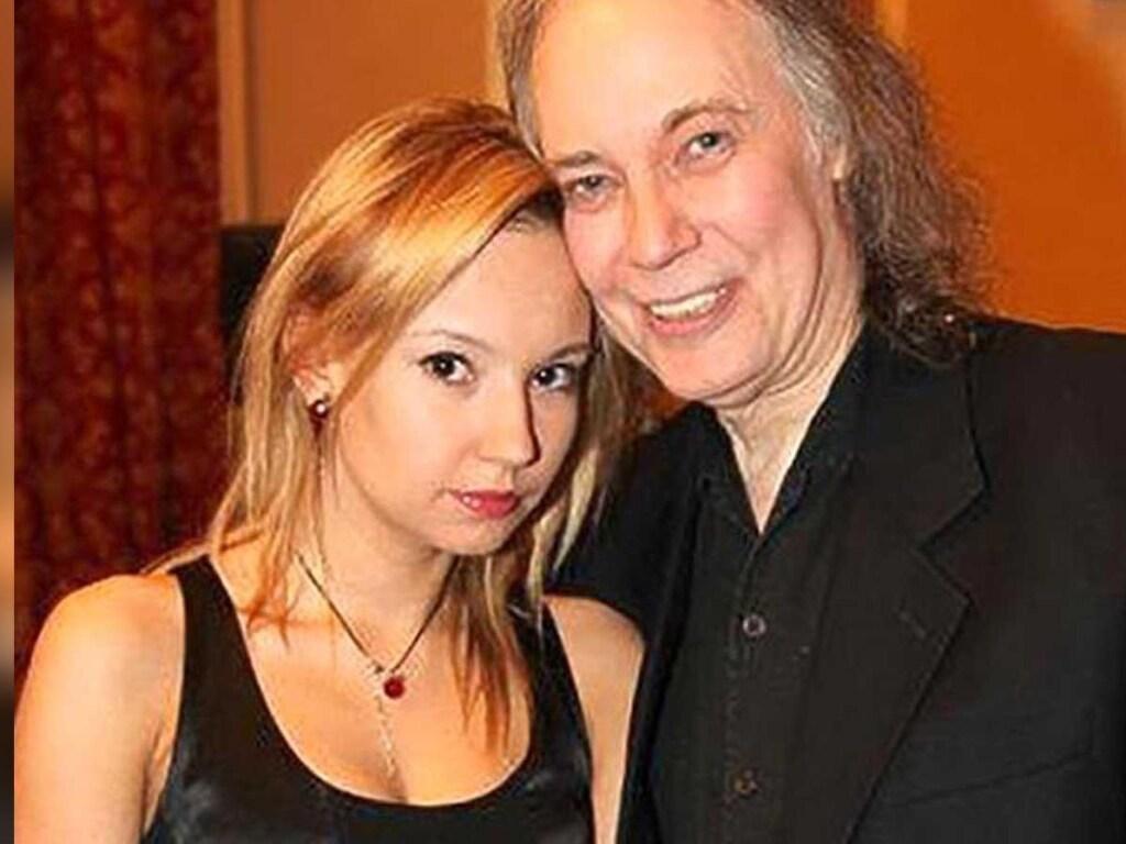 СМИ стало известно о состоянии актера Конкина после гибели дочери