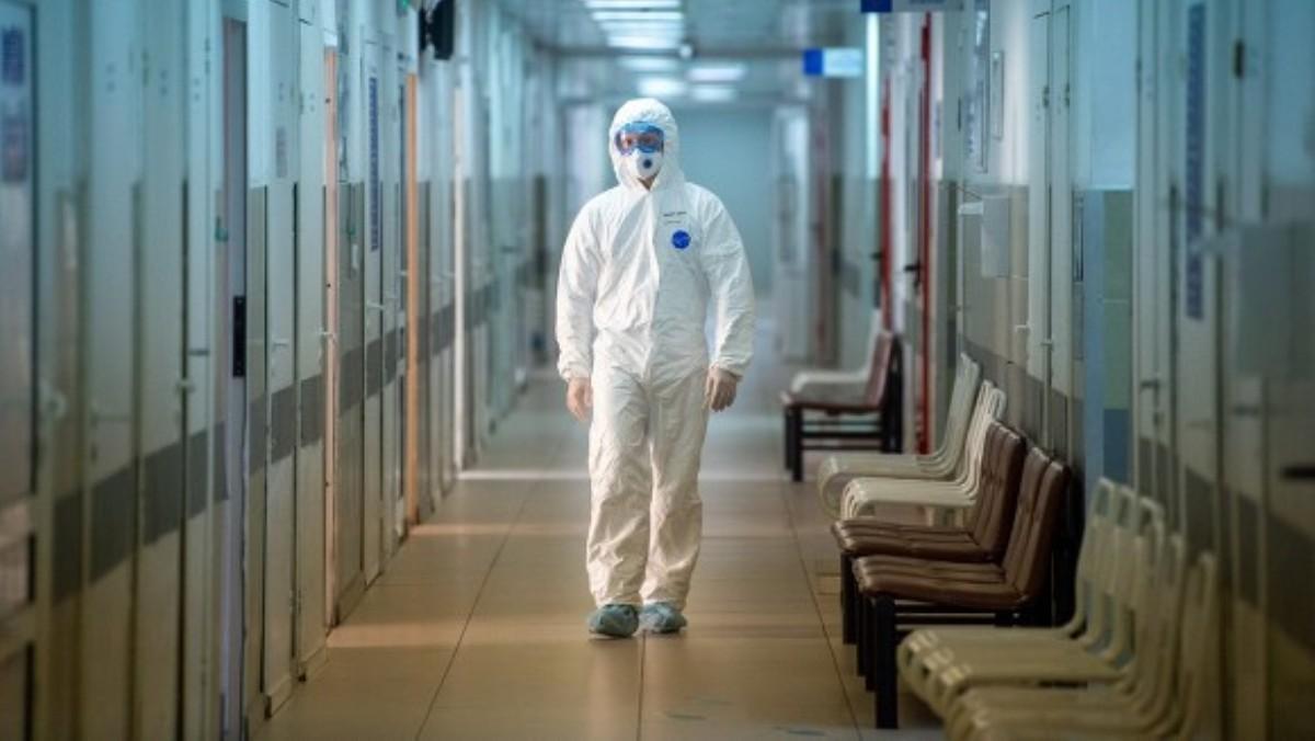 Из больниц Киева из-за пандемии уволились 7 тысяч сотрудников