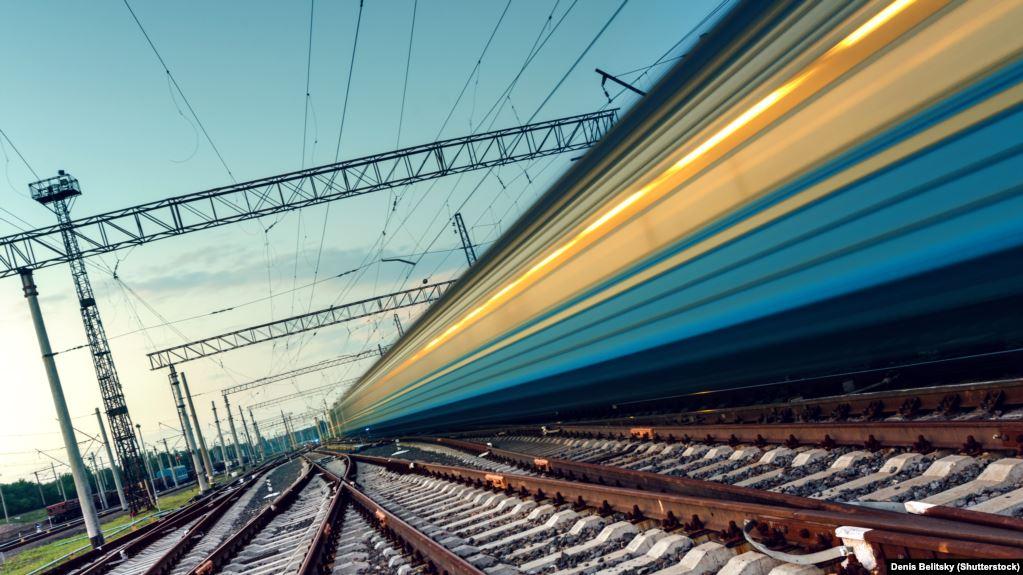 «Укрзализныця» возобновила движение семи пассажирских поездов