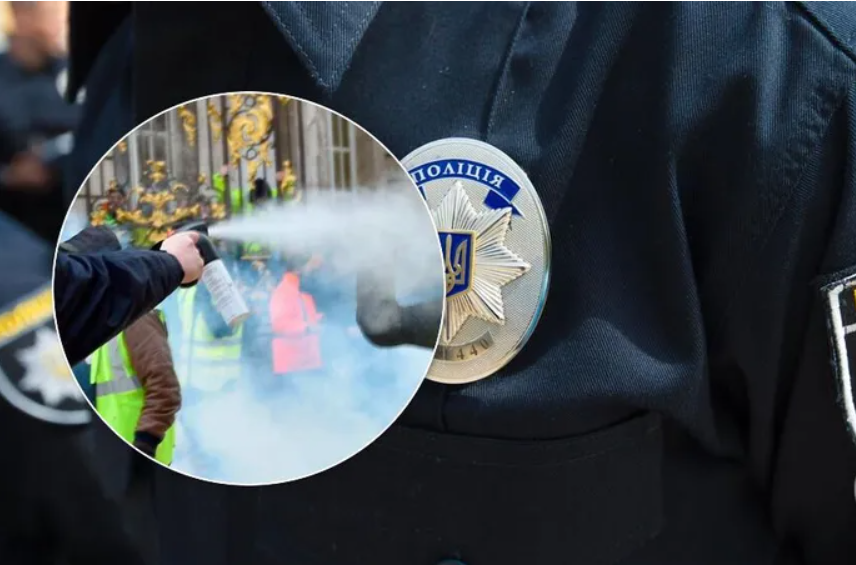В Киеве молодые парни пытались напасть на полицейских: как их проучили