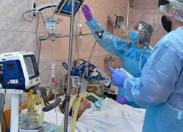 «Больные кричат, у них истерика»: врачи и пациенты откровенно рассказали о ситуации с COVID-19 на Николаевщине