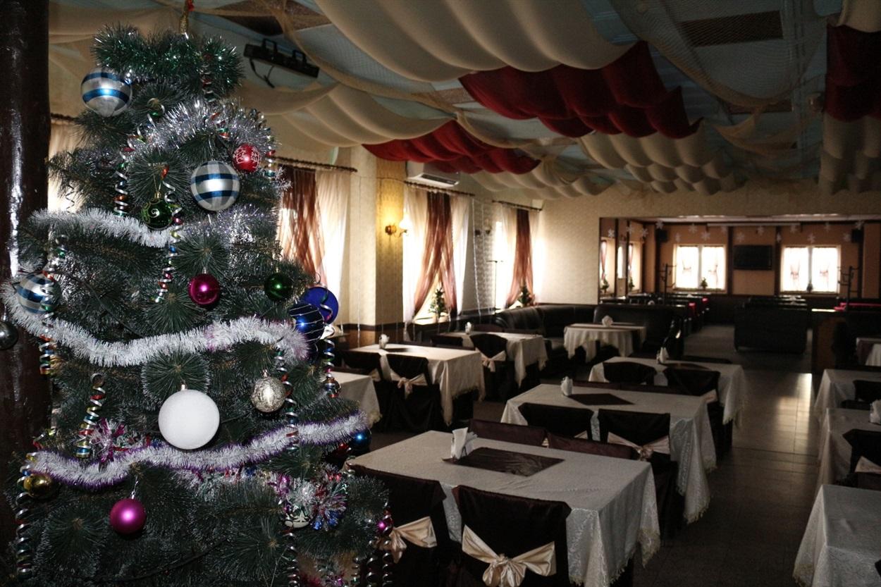У новорічну ніч ресторанам дозволять працювати довше