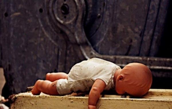 Народила та викинула на смітник: поліція розслідує моторошну подію на Херсонщині