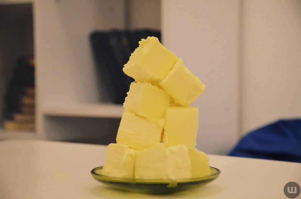 Шістьох виробників «молочки» оштрафували на понад 100 млн грн за несправжні масло та сир