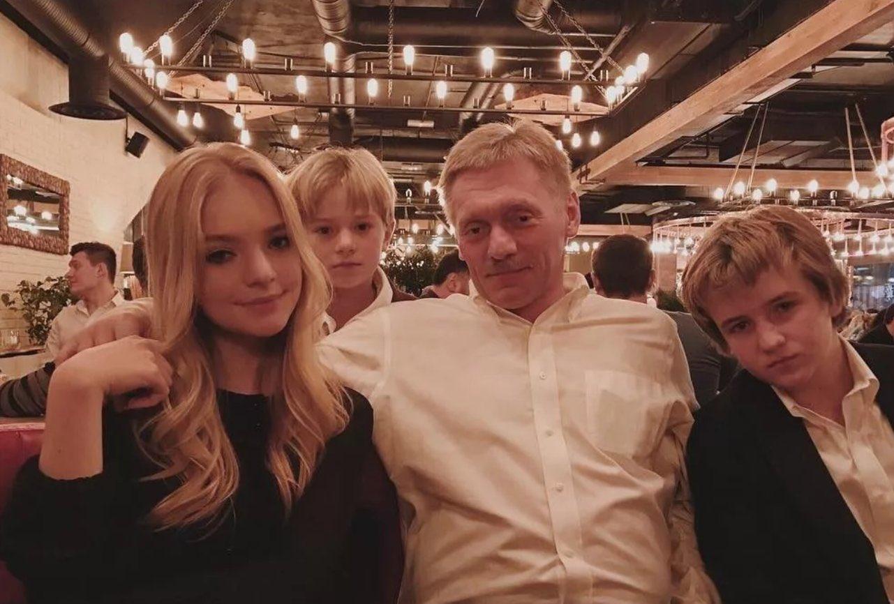 Дочь Пескова откроет сеть украинских бистро LeBorsch по рецептам «глухих деревень Украины»