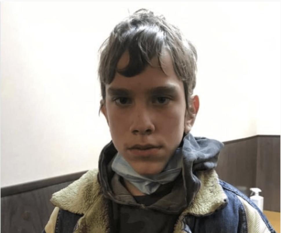 «Синочку, де ти?» РОЗШУКУЄТЬСЯ ДИТИНА! Вийшов із школи та зник. Українці допоможіть