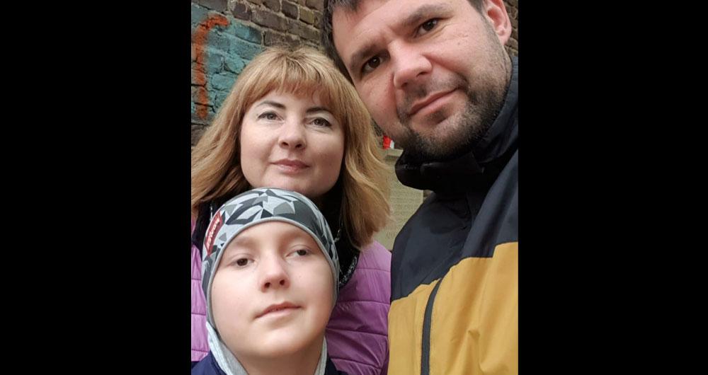 Мама Ромы Головко, у которого рак головного мозга: «Я очень прошу молиться, давайте молиться за стабильные результаты МРТ»