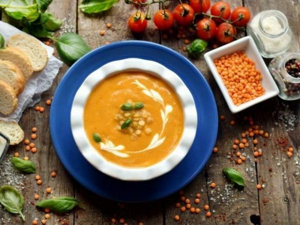 Дуже смачний та ніжний суп-пюре з червоної сочевиці (РЕЦЕПТ)