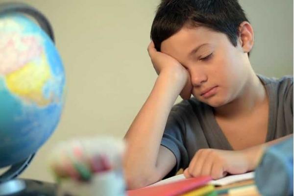 По 8 уроків на день: в школах хочуть збільшити навантаження на учнів