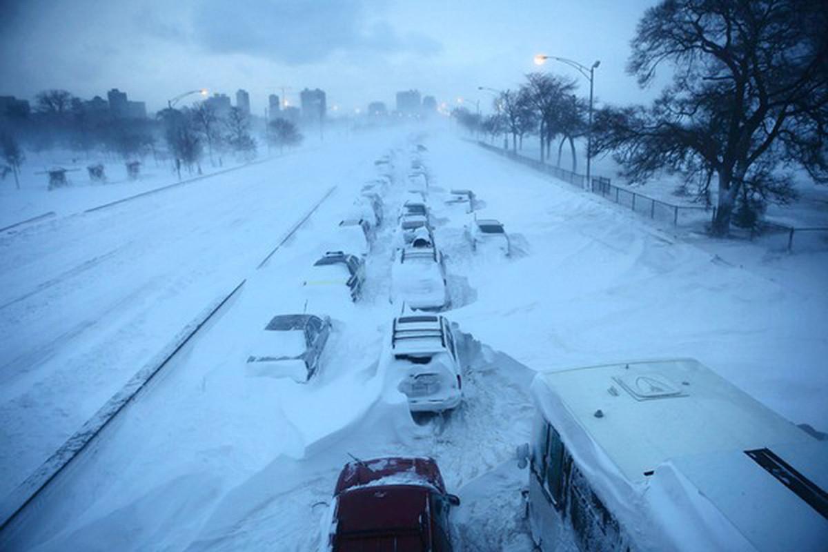 На Киев надвигаются метели и лютые морозы. Введение первого уровня опасности!