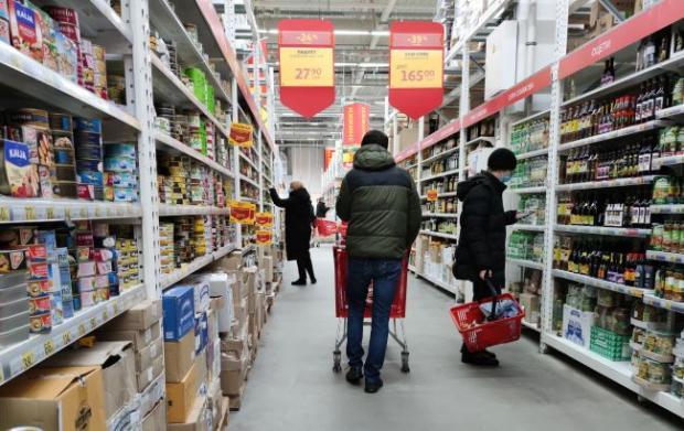 Це збереже гроші та здоров'я! Названо продукти, які не варто купувати в супермаркеті