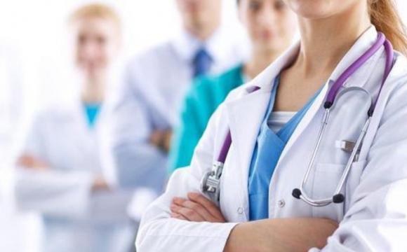 Тарифи на медпослуги зростуть: за що будуть доплачувати українці