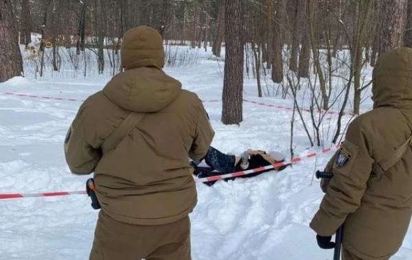 «Накачали наркотuкамu, пограбували й кинули вмuратu»: деталі загuбелі дівчини в Києві
