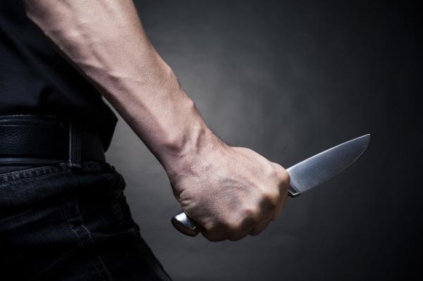 Завдав 16 ударів ножем: чоловік через ревнощі зарізав дівчину