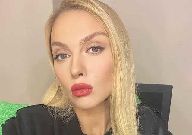Тина Кароль и Ольга Полякова устроили разборки в Сети: в чем причина конфликта