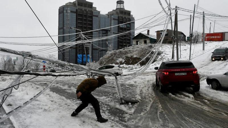 Два циклона ударят почти по всем областям: где в Украине ждать снег и ледяной дождь