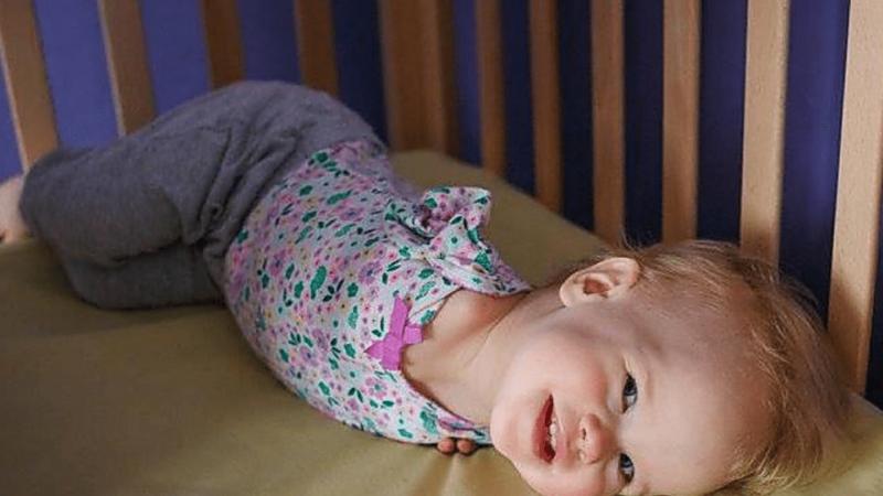 Мама глянула на тіло дитини і вирішила, що більше не хоче її бачити. Але подивіться на цю принцесу зараз!