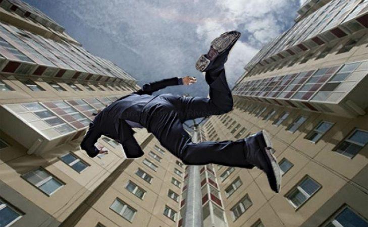 В Чернигове 13-летний мальчик выпал из 8-го этажа