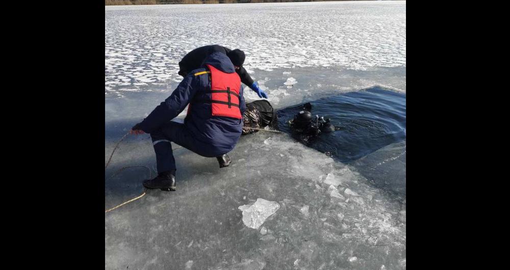 Тіло лежало на 19-метровій глибині: у Києві загадково загинув 22-річний хлопець (фото)