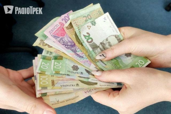 Карантинні виплати ФОПам: чи збільшать суму, відповіли в офісі президента
