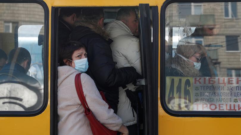 Киевские маршрутчики хотят, чтобы им запретили работать в карантин: причина