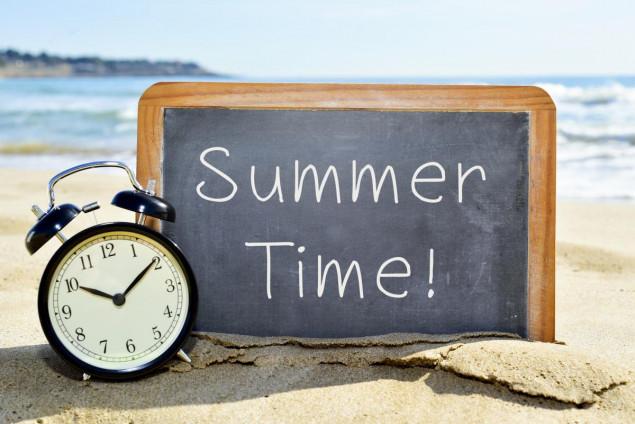 Не забудьте перевести часы! Украина переходит на летнее время