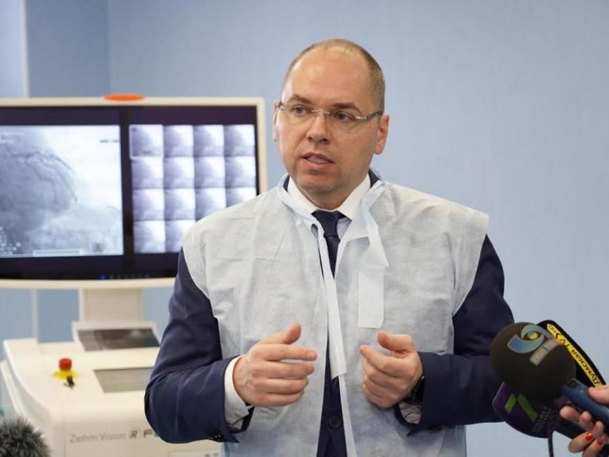 Степанов заявив, що COVID-вакцинація в Україні відстає «майже в 2 рази» від плану